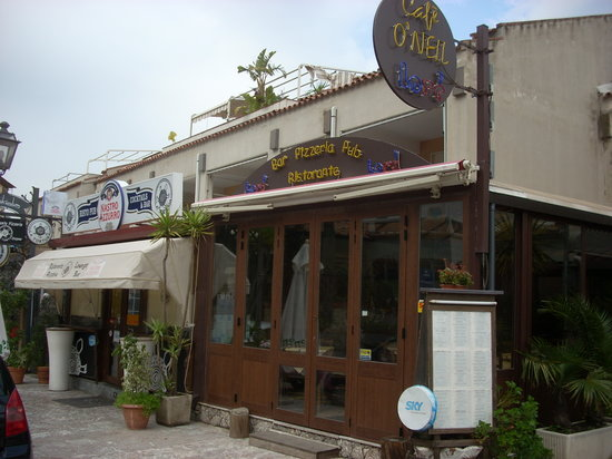 giardini naxos restaurant economici bani din teneși și fulgi