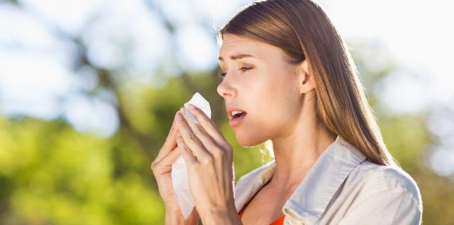 RINITA ACUTĂ – etiologie, simptome, diagnostic și tratament
