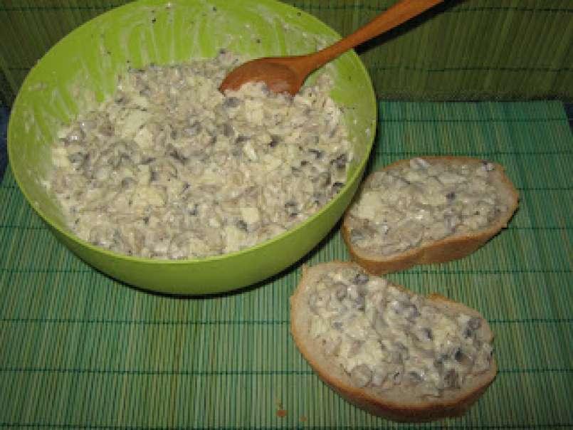 Ciuperci cu maioneza si usturoi – Adriana Ionica