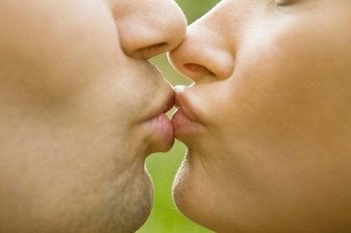 giardiaza este transmisă prin sărut