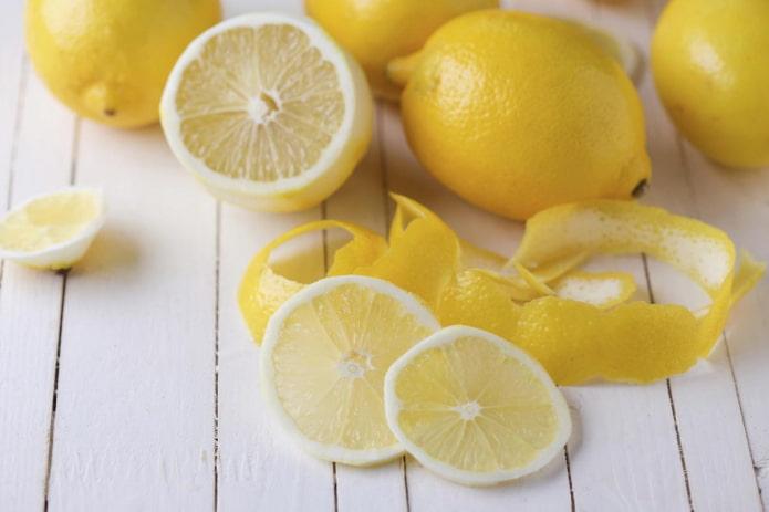 curățarea colonului de detoxifiere cu lămâie