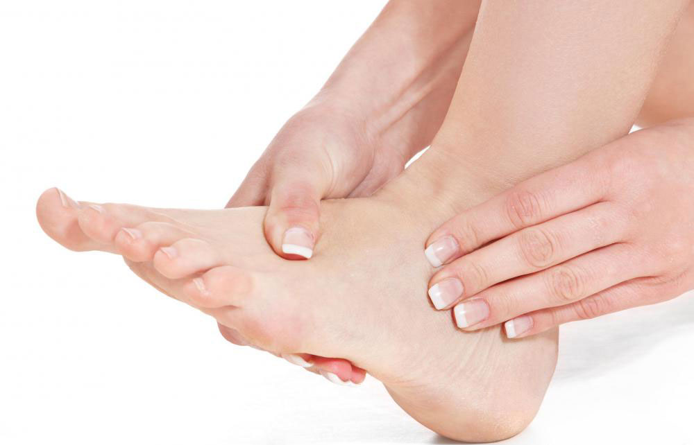 durere de picior între degetele de la picioare