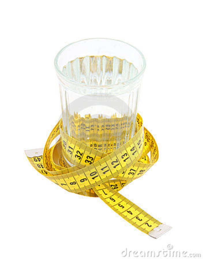 Apa caldă pe stomacul gol: 7 beneficii — Doza de Sănătate Detoxifierea organismului cu apa calda