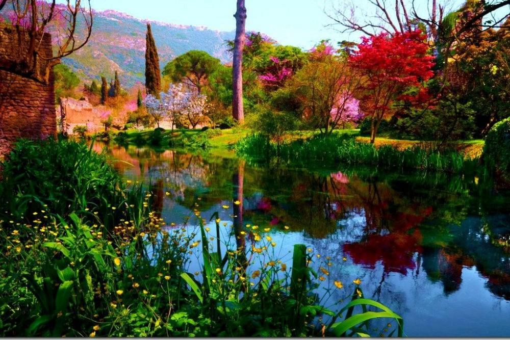 Giardino Di Ninfa - Monumento Naturale - Cisterna di Latina