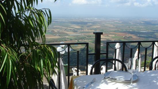 Hoteluri şi pensiuni Giardini Naxos   LIMBA