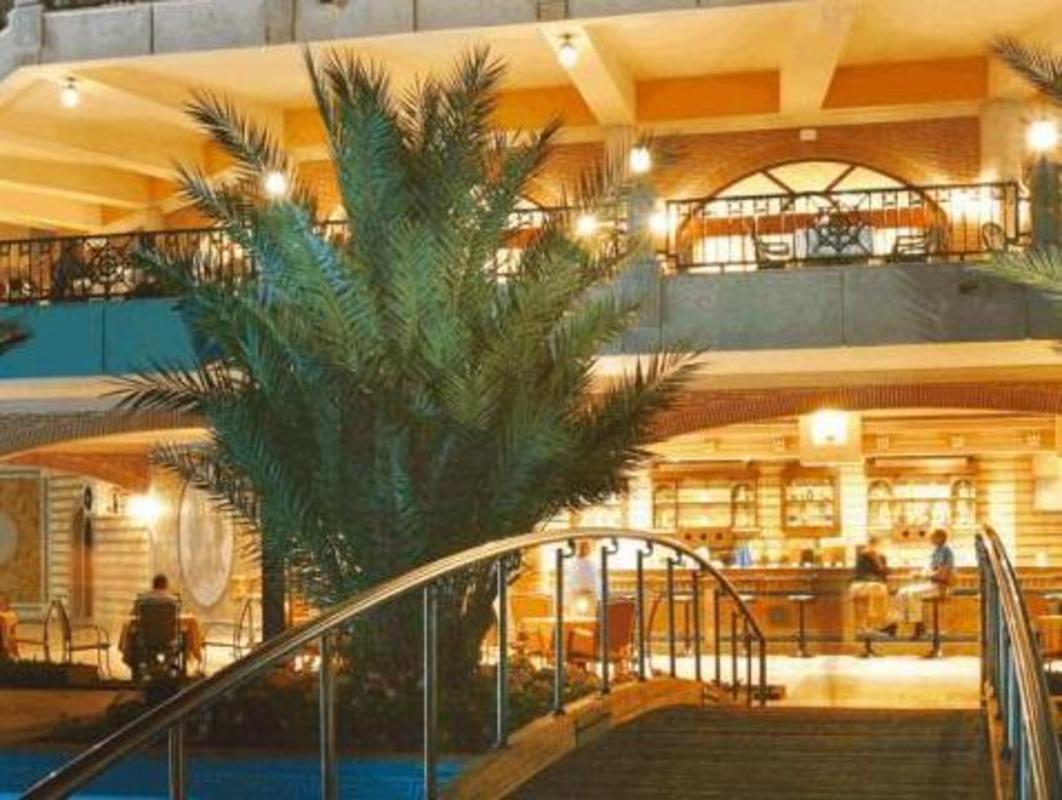 Rezervați la Antalya Nun Hotel