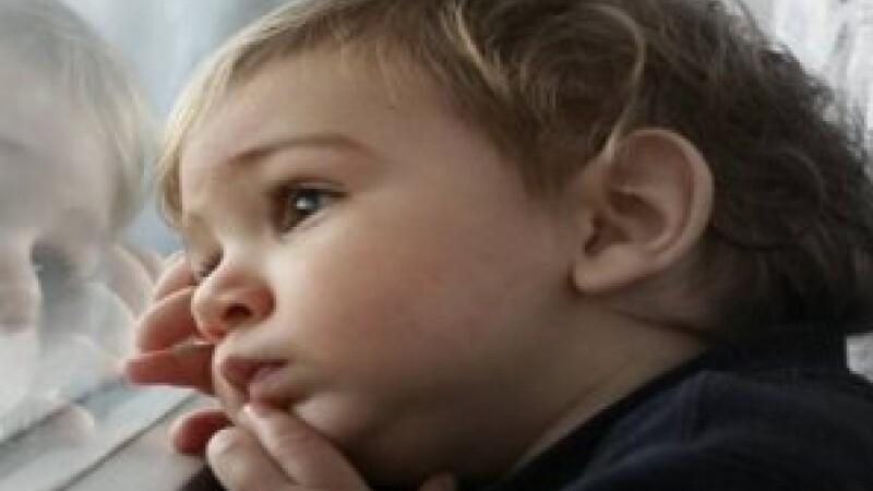 copii parasiti de parinti