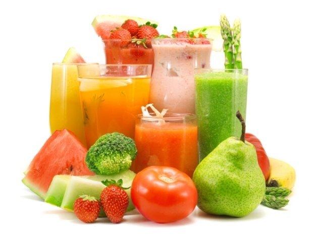 Detoxifiere cu sucuri. Ce fructe și legume sunt eficiente